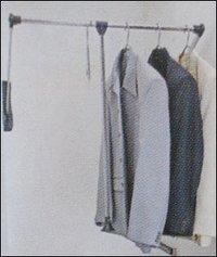 Cloth Lifter<