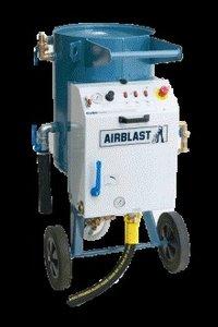 Wet Abrasive Blasting Equipment