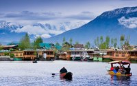 Kashmir Tour Package Services With Gujarati Foods