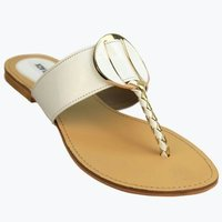 Attractive Casual Flat Sandal