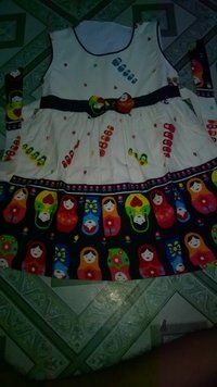 Sleeveless Comfortable Cotton Frocks In Printed Fabrics For Girls
