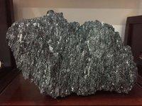 Green Silicon Carbide Chunk