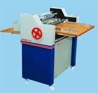 Manual Sticker Half Cutting Machine