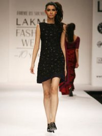 Ladies Silk Dress With Embroidery