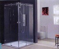Transparent Shower Enclosures