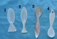 Highly Demanded Caviar Mother Of Pearl Spoon