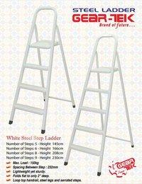 Gear-Tek Steel Ladder